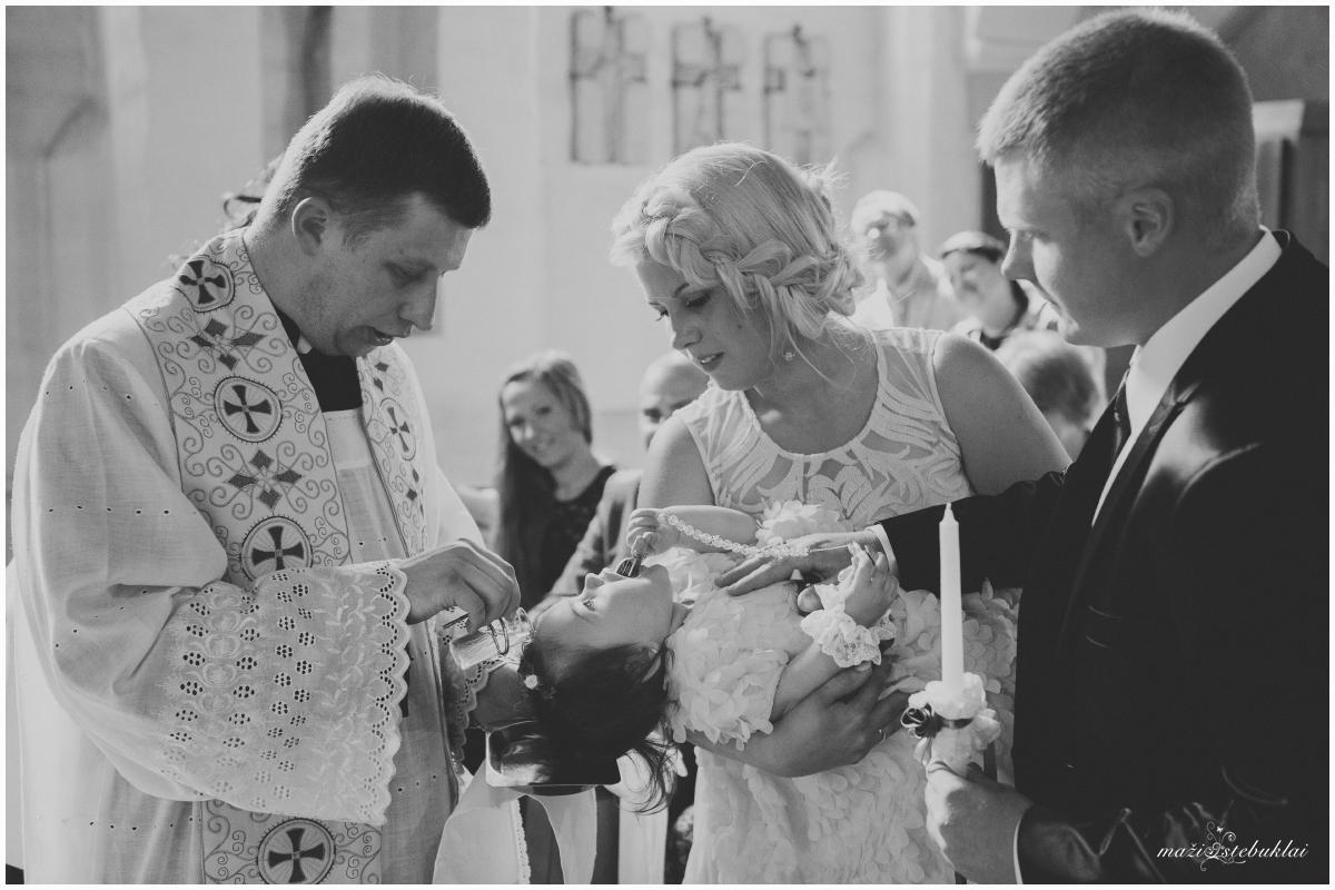 Mortos krikštynos